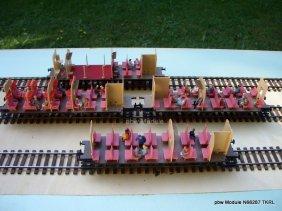 N66287 pbw Bahn mit Reisenden