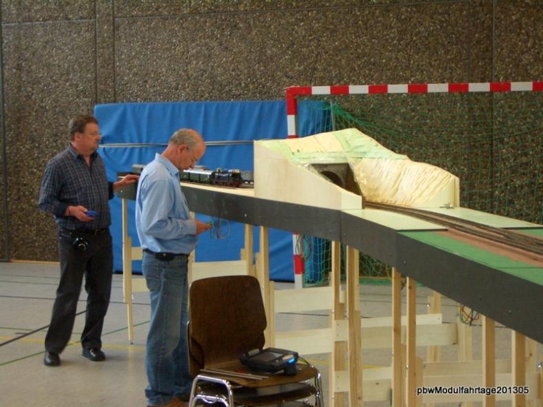 Abb: Engelbert und Hape bei Umetzaufgaben im Abstellbahnhof A2