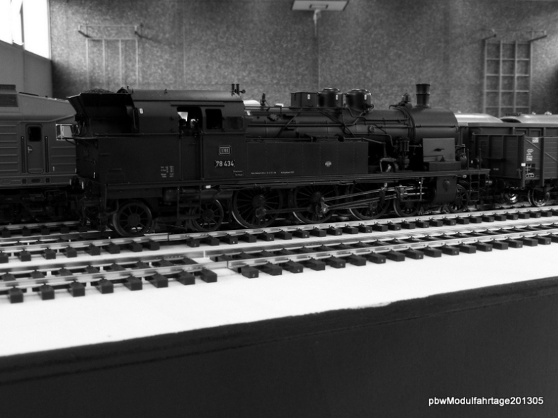 Abb: die DB zu Zeiten der schwarz-weiß Fotografie