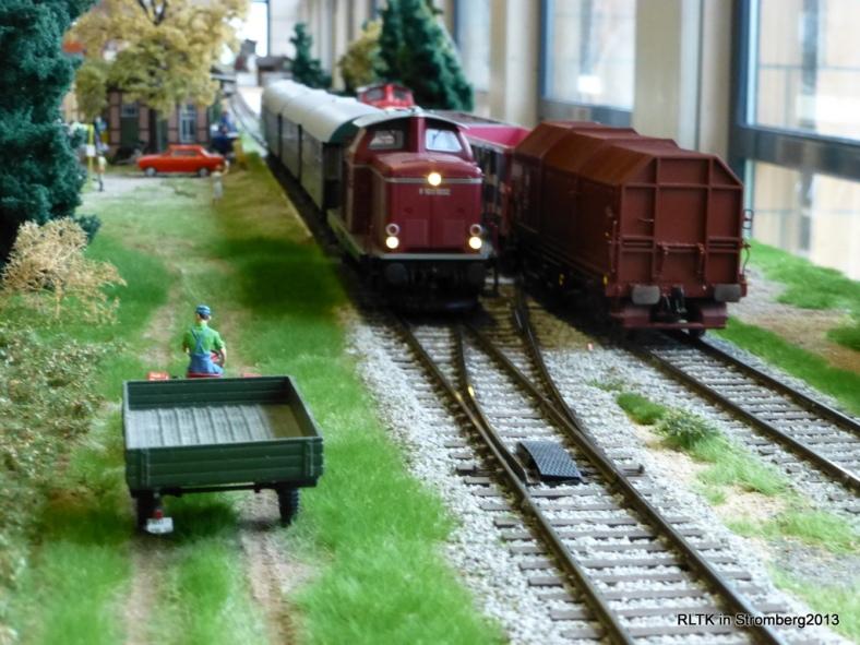 Abb: Zugkreuzung in Schindeldorf