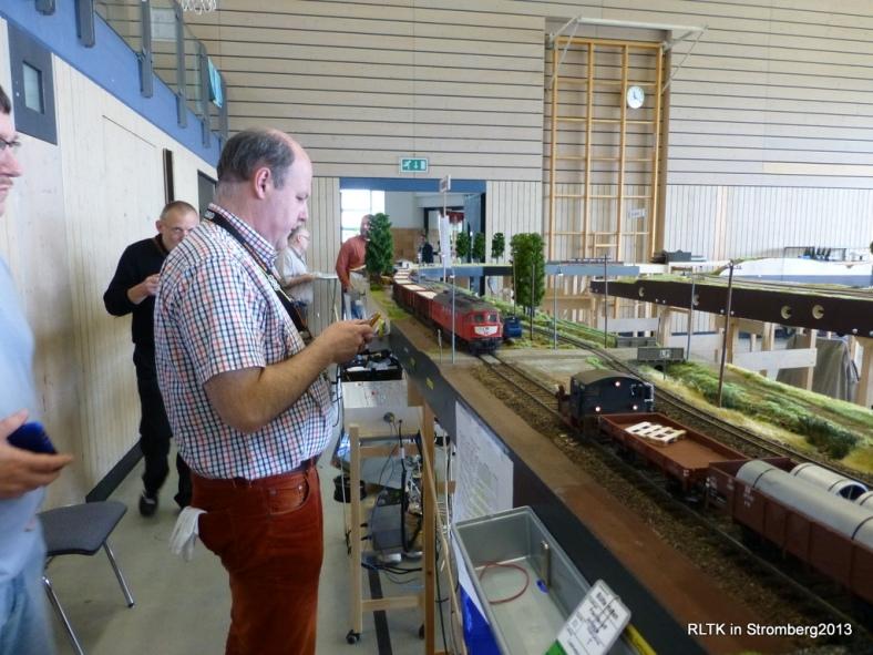 Abb: den 84 Achsen Zug langsam in Kosbach abbremsen