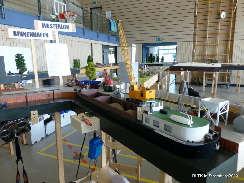 Abb: Löschen einer Schiffsladung in Westerloh Hafen