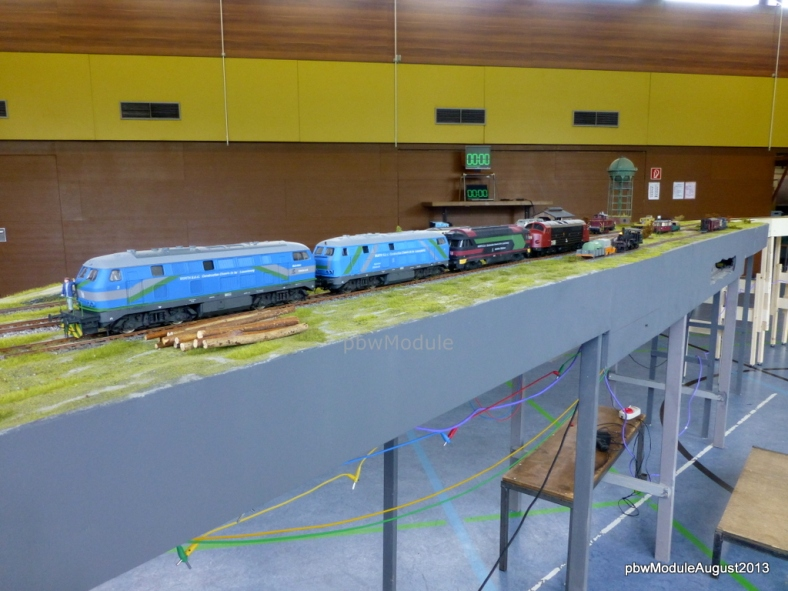 Lokomotiven des Bauzuges aus Luxembourg